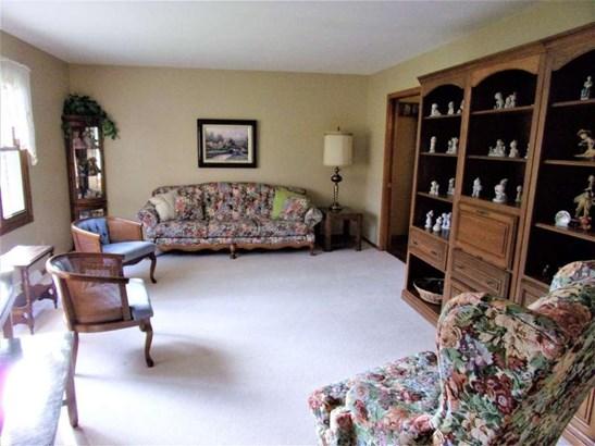 Hardwood floors per seller und (photo 4)