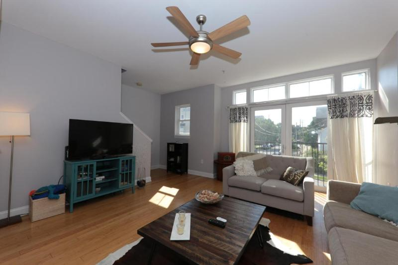 Another View of the LIving Room (photo 3)