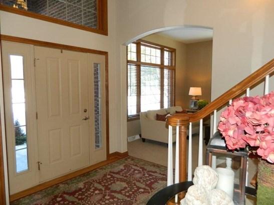 2 Story Foyer (photo 2)