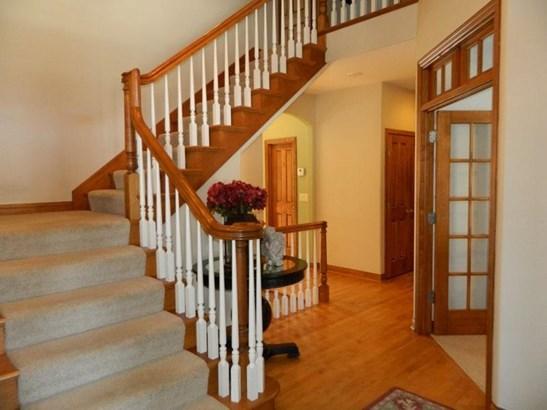 2 Story Foyer (photo 3)
