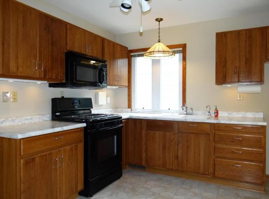 Quality Wood Cabinetry (photo 4)