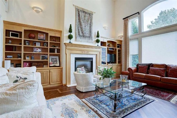 With Fireplace & Built-Ins (photo 5)