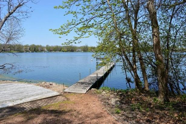 Lake pier -m (photo 2)