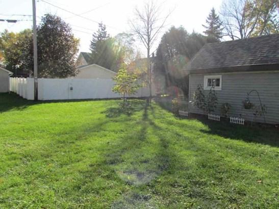 Nice Yard (photo 3)