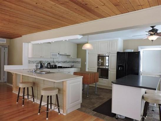 Kitchen (Medium) (photo 3)