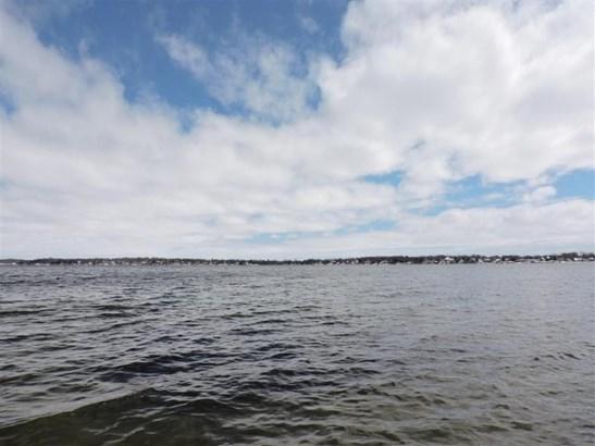 Lake (Medium) (photo 4)