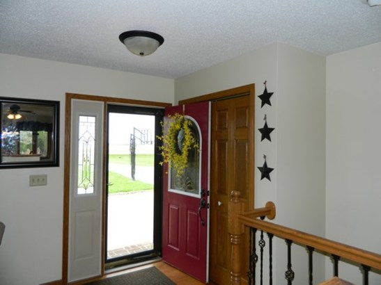 Front Foyer (photo 2)
