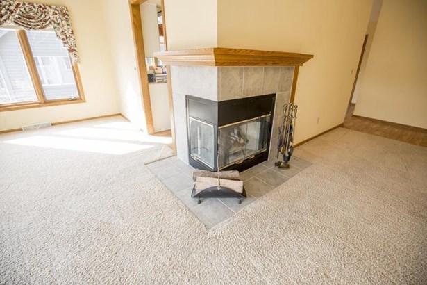 Corner Gas Fireplace (photo 3)