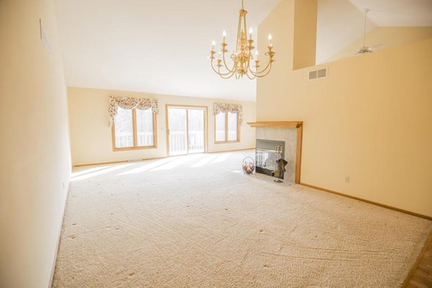 Living Great Room (photo 4)