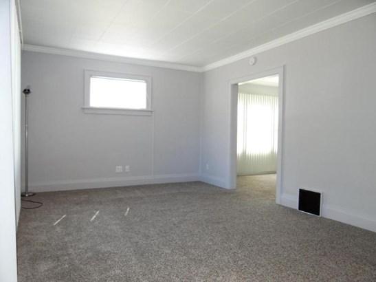 Living Room w/ New Carpet (photo 2)