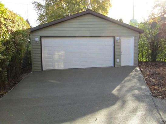 New 24X26 Garage (photo 2)