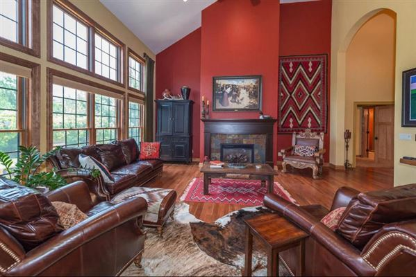 1854 Carriage Hills Dr, Delafield, WI - USA (photo 5)