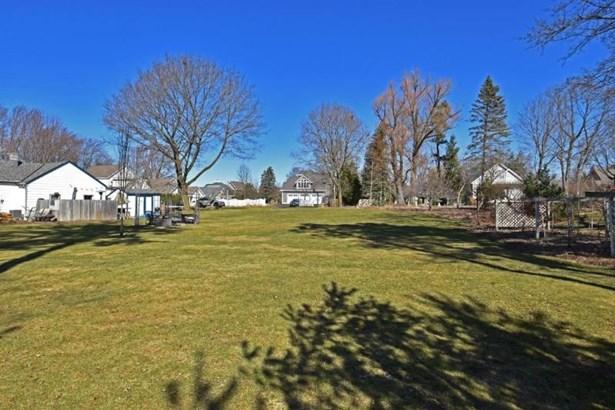 adjacent  lot (photo 3)