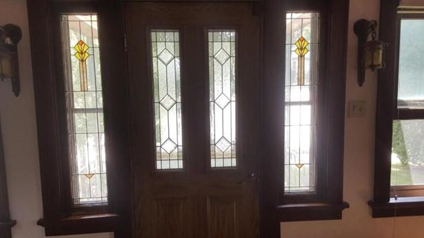 Front Door (photo 5)