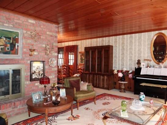 Living Room w/ Charming Wood Ceiling (photo 3)
