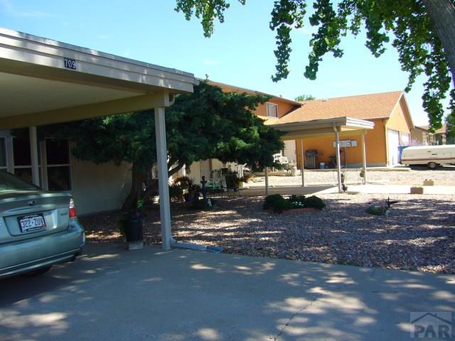 Ranch, Duplex - Pueblo West, CO (photo 3)