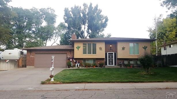 Bi-Level, Single Family - Pueblo, CO
