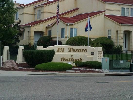 Townhouse, 2 Story - Pueblo, CO