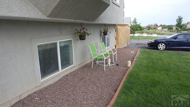 Bi-Level, Single Family - Pueblo West, CO (photo 3)