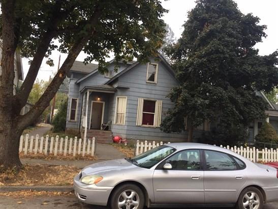 215 N Ivy St , Medford, OR - USA (photo 2)