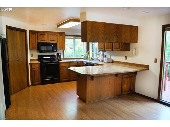 54991 Sw Belleview Ave , Gaston, OR - USA (photo 5)