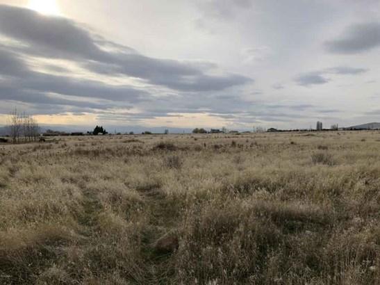 Nka Mieras Rd , Yakima, WA - USA (photo 4)