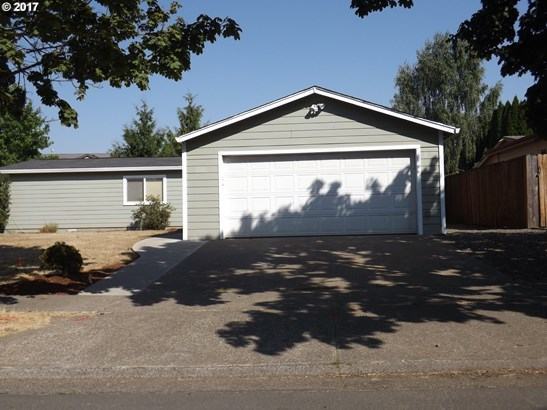 3329 B St , Forest Grove, OR - USA (photo 2)