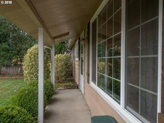 817 Sierra Vista Dr , Newberg, OR - USA (photo 3)