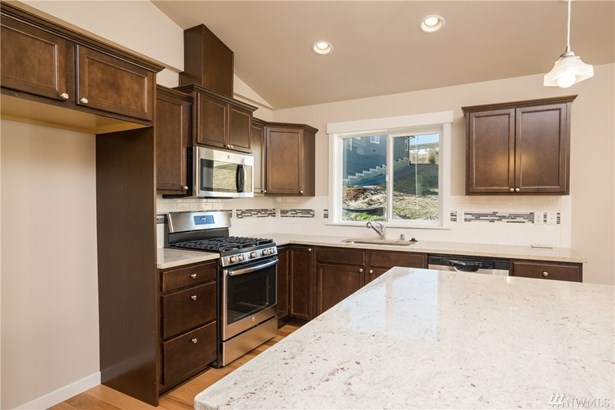 1408 E Gateway Heights Lp , Sedro Woolley, WA - USA (photo 4)
