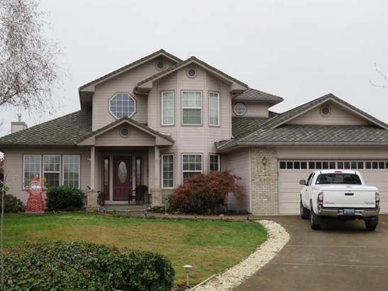 106 Amanda Ct , Central Point, OR - USA (photo 2)