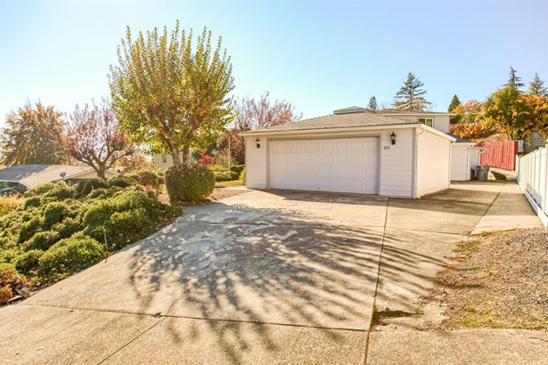 110 Nw Sunhill Dr , Grants Pass, OR - USA (photo 2)