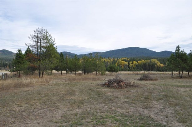 406 Golden Gate Rd , Priest River, ID - USA (photo 2)