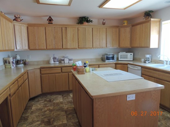 323 Gamay Dr , Cave Junction, OR - USA (photo 3)