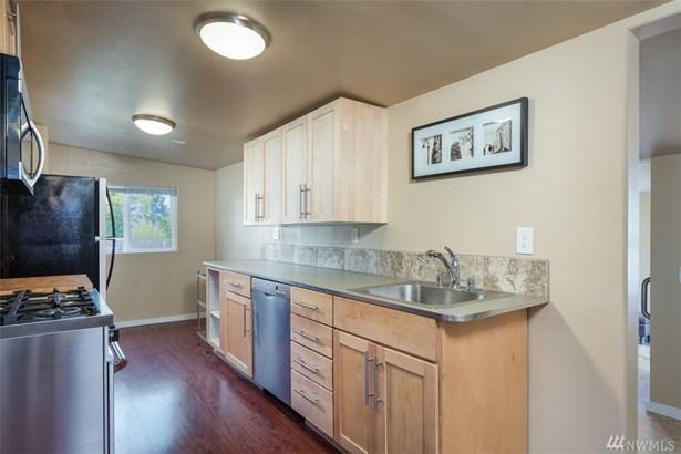 10242 42nd Ave Sw , Seattle, WA - USA (photo 5)