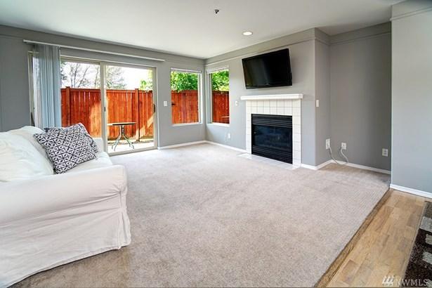 15325 Sunwood Blvd  B104, Tukwila, WA - USA (photo 3)