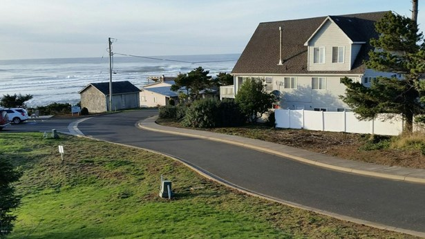 Lot 5 Sw Beach Ave , Lincoln City, OR - USA (photo 4)
