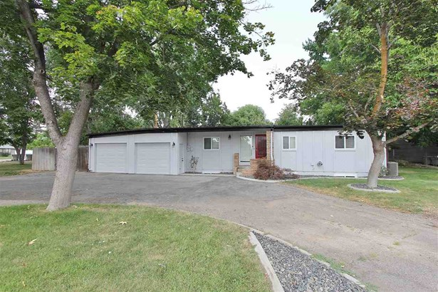 5920 & 5924 N Willow Cliff Way , Boise, ID - USA (photo 1)