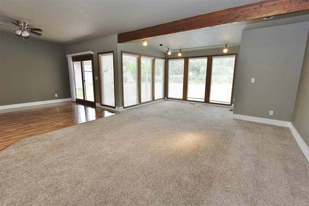 5920 & 5924 N Willow Cliff Way , Boise, ID - USA (photo 5)