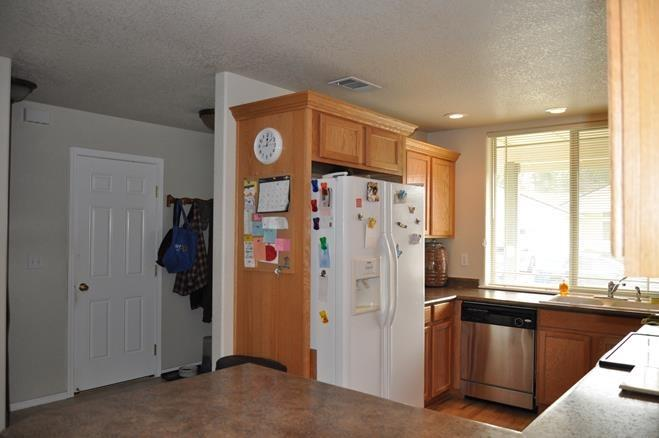 240 Cedar Brook Ln , Cave Junction, OR - USA (photo 3)
