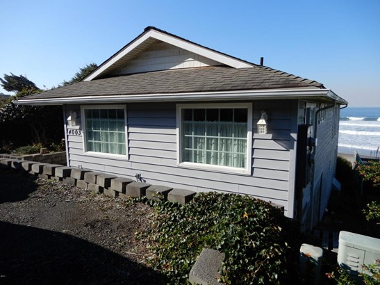 4003 Lincoln Ave , Depoe Bay, OR - USA (photo 1)