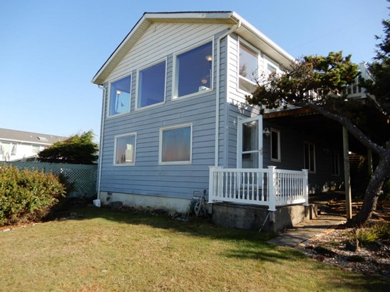 4003 Lincoln Ave , Depoe Bay, OR - USA (photo 3)