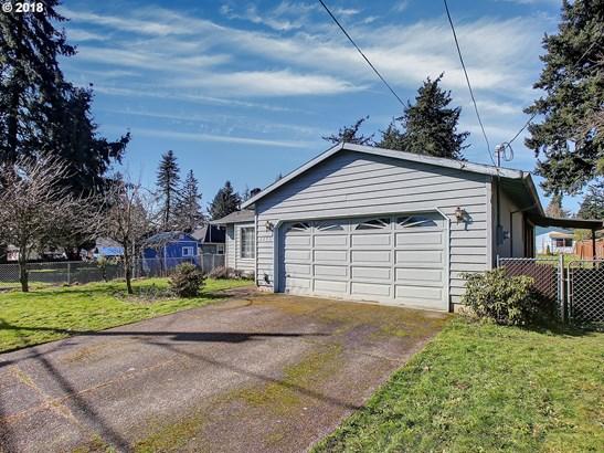 2233 Se 143rd Ave , Portland, OR - USA (photo 3)