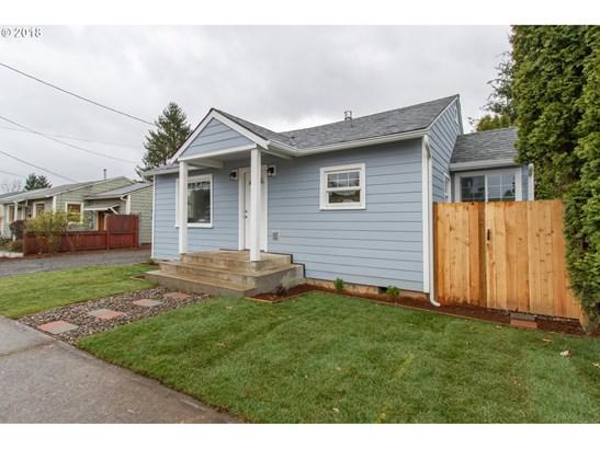9232 Se Harrison St , Portland, OR - USA (photo 3)