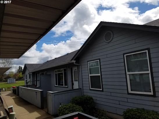 5538 E St , Springfield, OR - USA (photo 2)