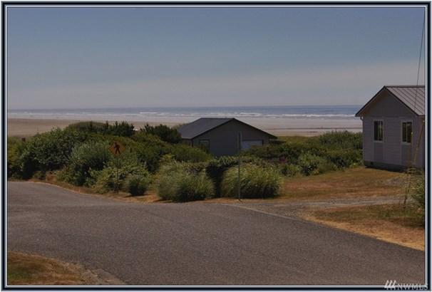 17 S First St , Pacific Beach, WA - USA (photo 2)