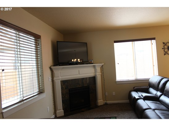 31880 Nw Claxter St , North Plains, OR - USA (photo 5)