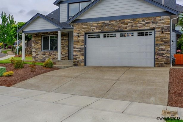 1398 West Meadows Dr Nw , Salem, OR - USA (photo 2)