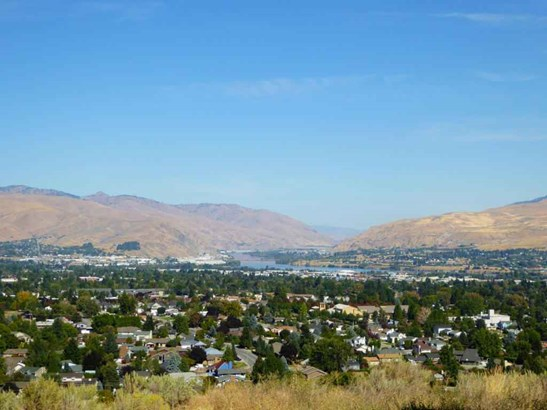 1525 Skyline , Wenatchee, WA - USA (photo 4)