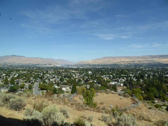 1525 Skyline , Wenatchee, WA - USA (photo 5)