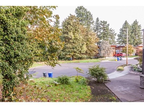 Se Ash Pl , Portland, OR - USA (photo 5)
